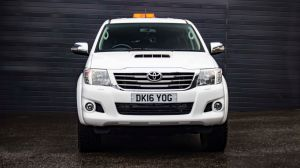 TOYOTA HI-LUX 3.0 D-4D INVINCIBLE 4X4 DCB FULLY LOADED WITH EXTRAS - 2720 - 9